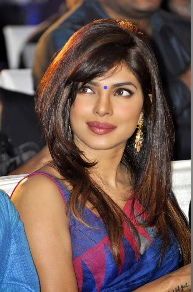 Name:  Priyanka-Chopra-In-Beautiful-Sari.jpg